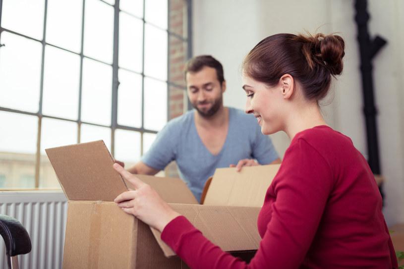 Mieszkania kupują głównie bogaci rodacy /123RF/PICSEL