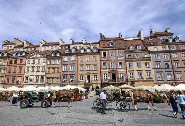 Mieszkania na warszawskiej Starówce są droższe niż na Starym Mieście w Krakowie /© Bauer