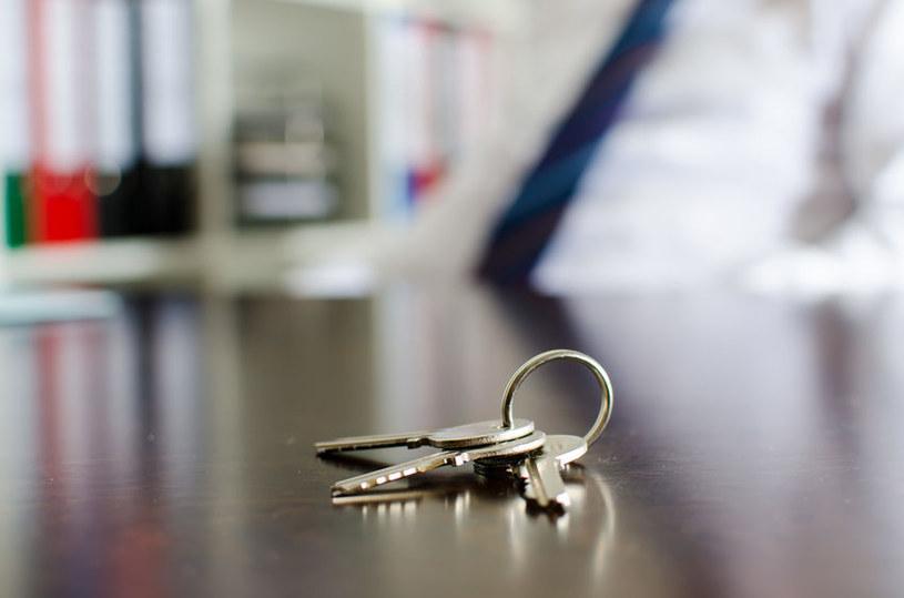 Mieszkania pozostają drogie - wynika z danych GUS /123RF/PICSEL