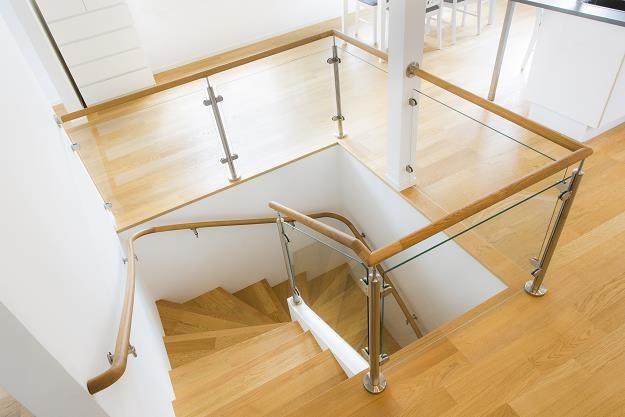 Mieszkanie dwupoziomowe to dawny synonim luksusu... /©123RF/PICSEL