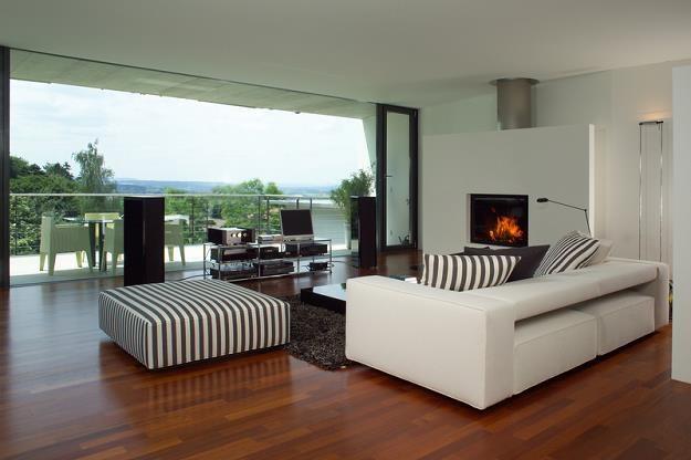 Mieszkanie z dużym ogrodem? A może z pięknym widokiem? Za odpowiednią cenę można mieć jedno i drugie /© Panthermedia
