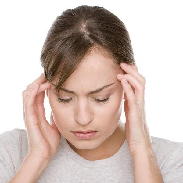Mięta na ból głowy /© Photogenica
