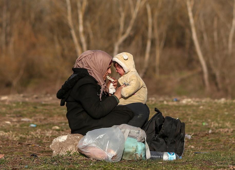 MIgranci na granicy grecko-tureckiej /SEDAT SUNA /PAP/EPA