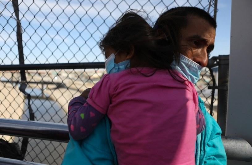 Migranci pochodzą głównie z Ameryki Południowej /HERIKA MARTINEZ/AFP /AFP