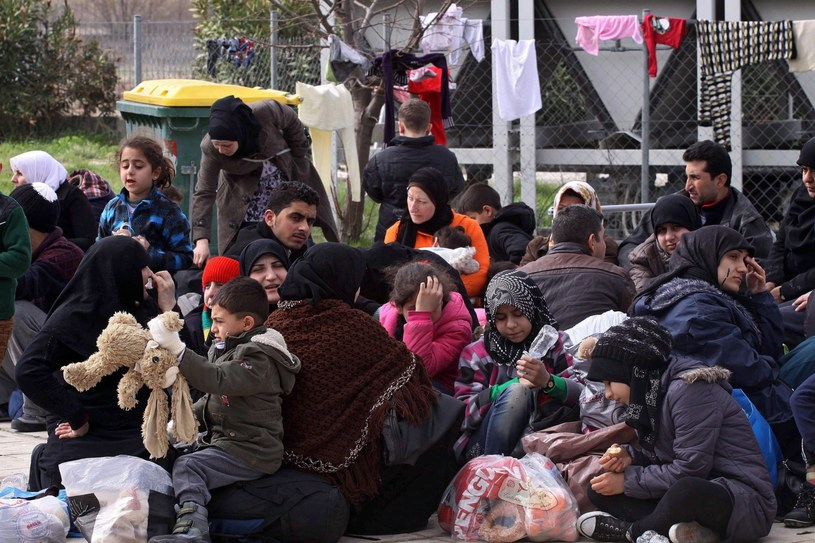 Migranci w Grecji, zdj. ilustracyjne /HARIS IORDANIDIS    /PAP/EPA