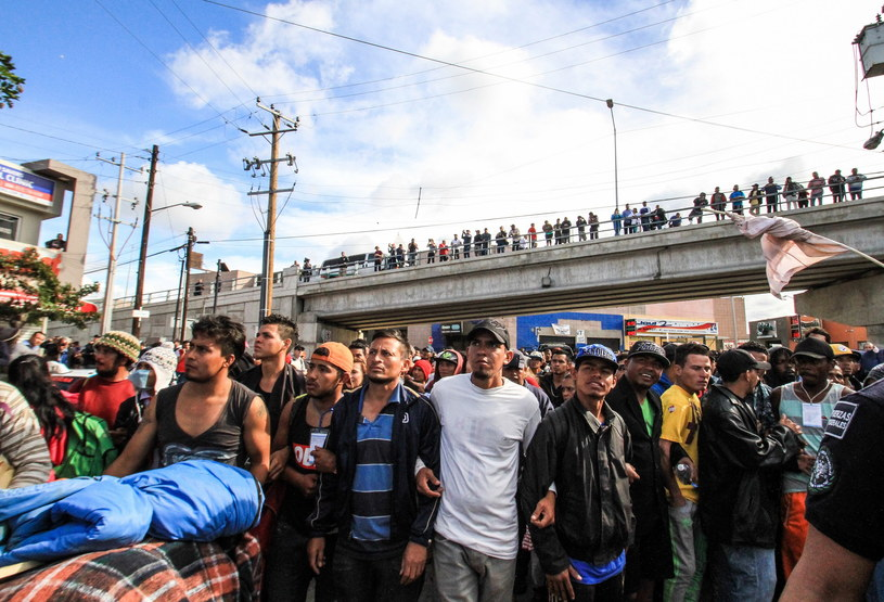 Migranci w Tijuana /EPA/JOEBETH TERRIQUEZ /PAP