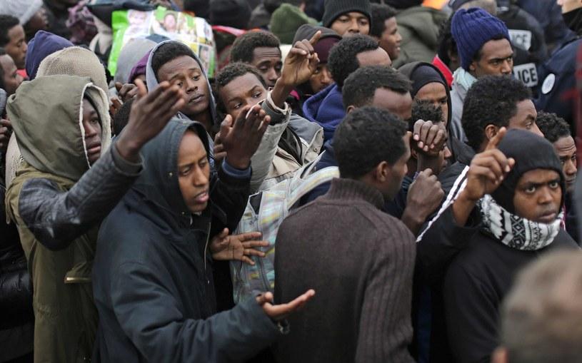 Migranci, zdj. ilustracyjne /Emilio Morenatti/AP /East News