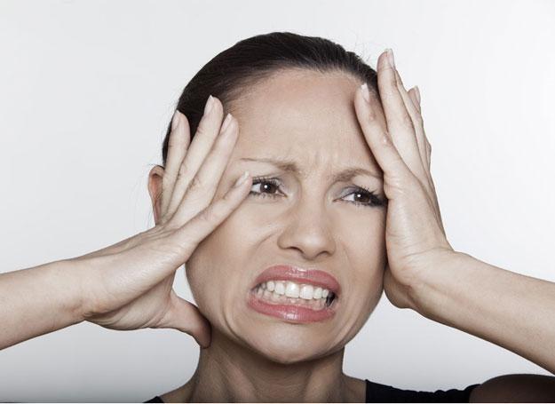 Migrena dopada nas trzy razy częściej niż mężczyzn /© Panthermedia