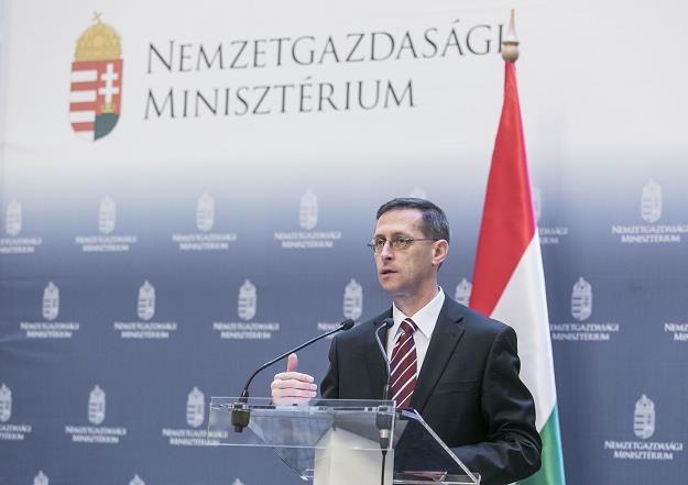 Mihaly Varga, minister gospodarki narodowej Węgier. Fot. Anadolu Agency /Getty Images/Flash Press Media