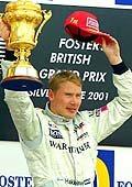 Mika Hakkinen wygrał na Silverstonie w zeszłym roku
