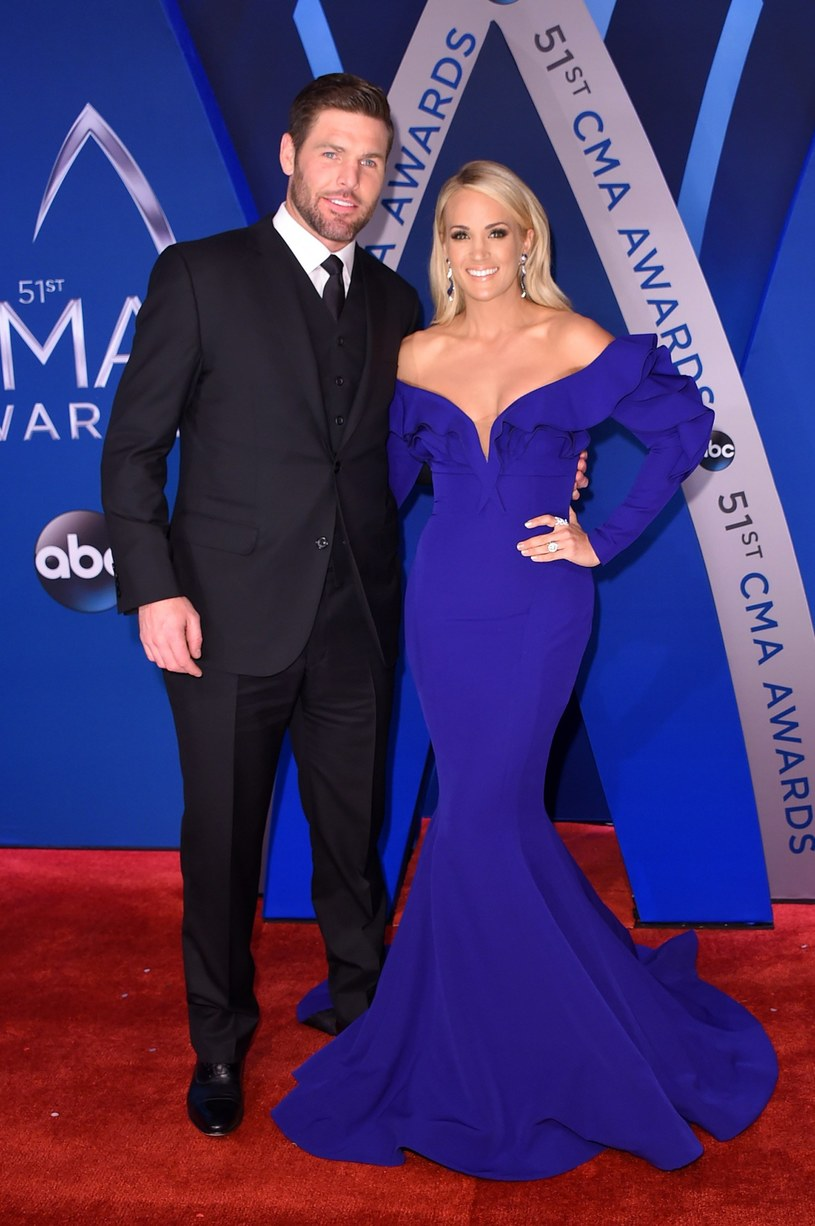 Mike FIsher i piosenkarka Carrie Underwood. /AFP