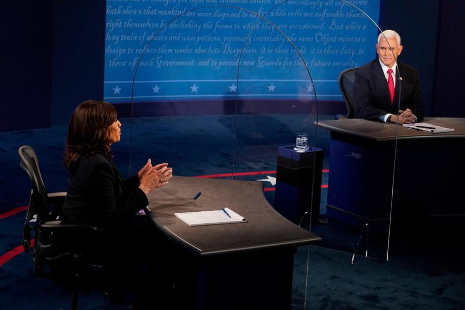 Mike Pence i Kamala Harris w czasie debaty /Morry Gash / POOL /PAP/EPA
