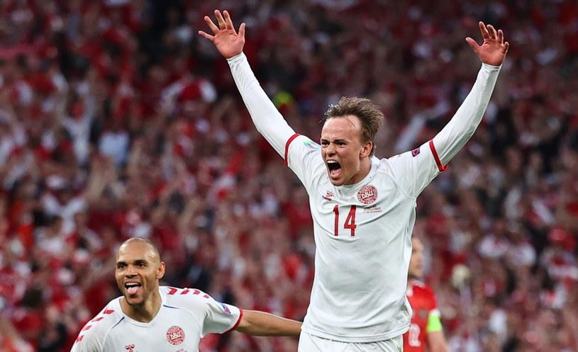 Mikkel Damsgaard tuż po zdobyciu bramki w niesamowitym meczu z Rosją /PAP