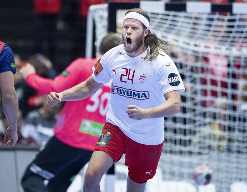 Mikkel Hansen w meczu finałowym z Norwegią /PAP/EPA