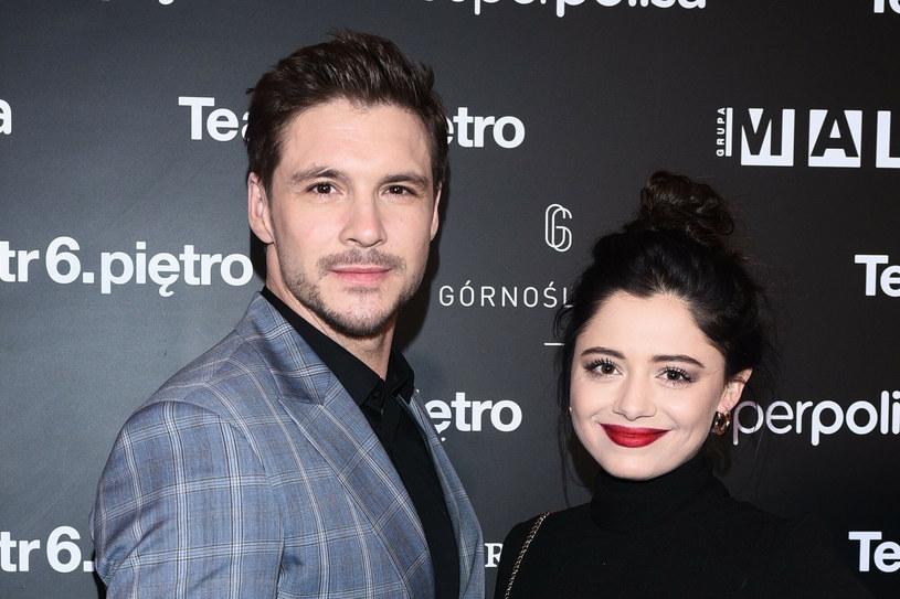 Mikołaj Roznerski i Adriana Kalska podczas 10 urodzin teatru 6 piętro /VIPHOTO /East News
