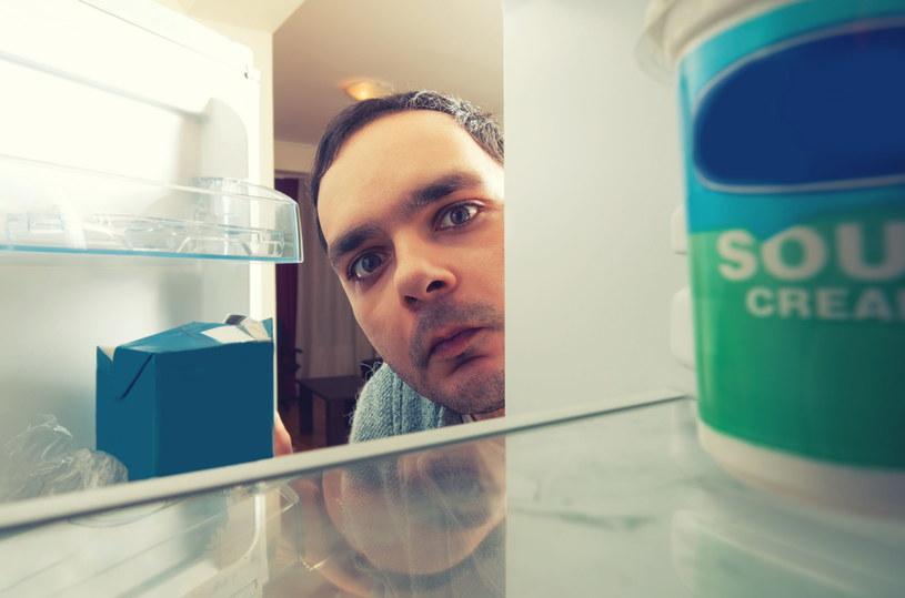 Mikotoksyny - choć niewidoczne - kryją się w zakamarkach domowych powierzchni i sprzętów /123RF/PICSEL