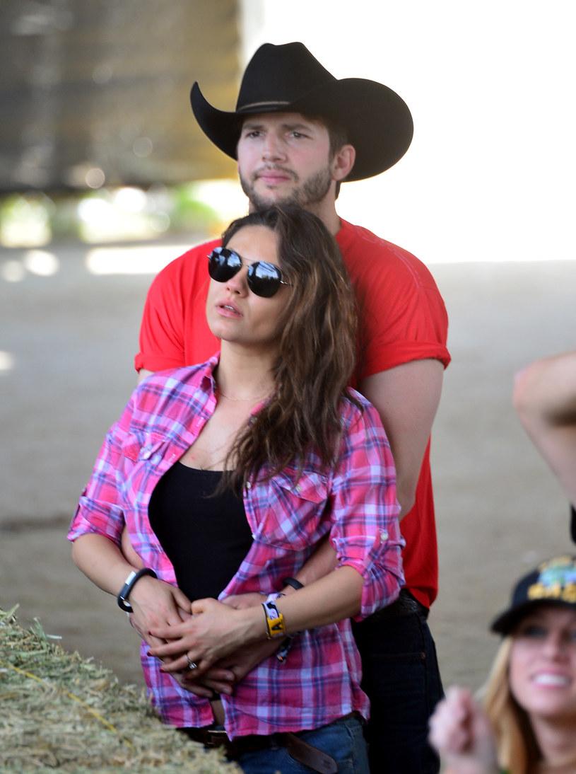 Mila Kunis i Ashton Kutcher /Frazer Harrison /Getty Images