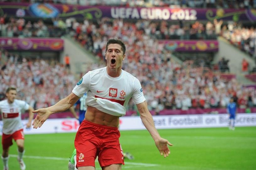 Miłego złego początki. Lewandowski strzela Grecji w meczu otwarcia Euro 2012 /Piotr Bławicki /East News