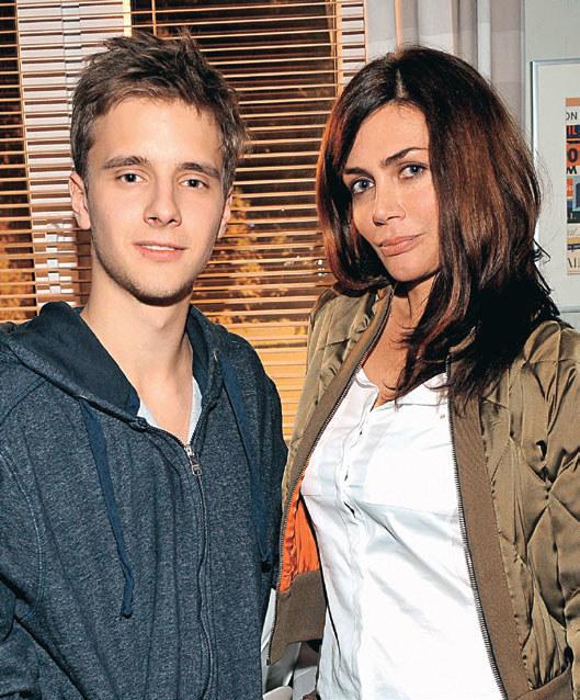Milena (Ewa Bukowska) Pojawiła się w życiu Tomka na chwilę. Spędzili razem tylko jedną noc /Agencja W. Impact