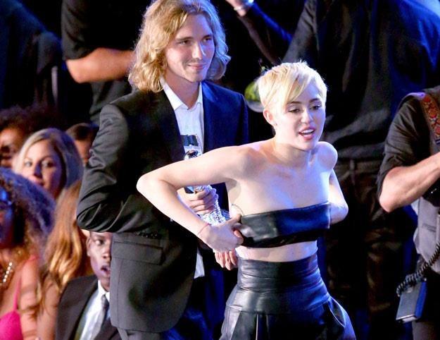 Miley Cyrus i jej bezdomny przyjaciel Jesse (fot. Mark Davis) /Getty Images