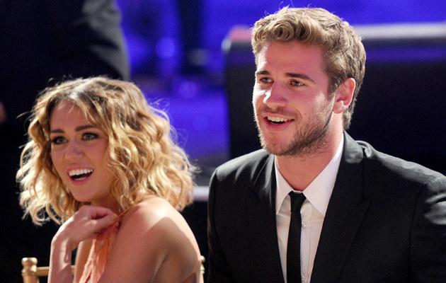 Miley Cyrus i Liam Hemsworth /Michael Buckner  /Getty Images