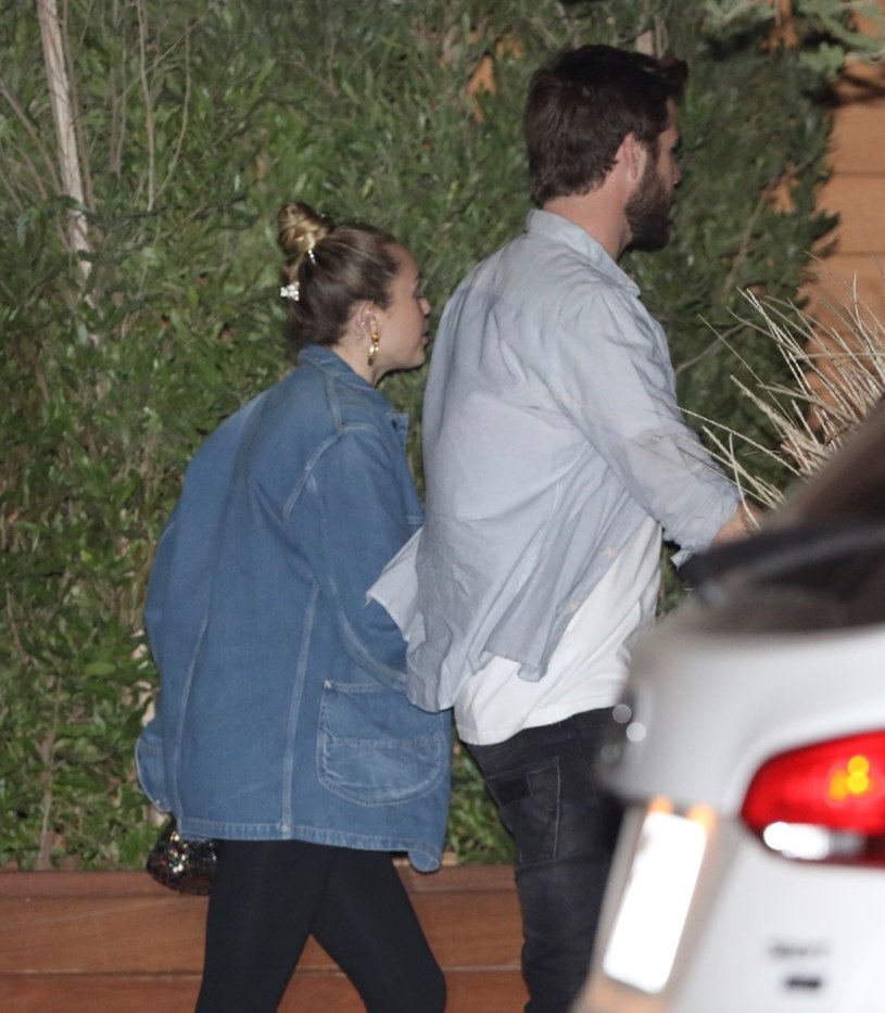 Miley Cyrus i Liam Hemsworth /East News