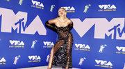 """Miley Cyrus na kuli dyskotekowej. Tak przypomniała o """"Wrecking Ball"""""""