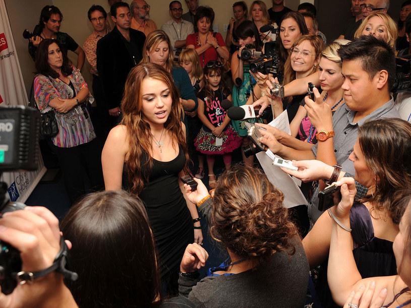 Miley Cyrus od towarzystwa hydraulika uwolnił sąd  /Getty Images/Flash Press Media