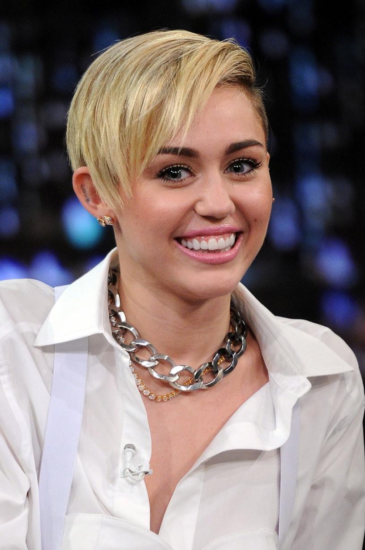 Miley Cyrus - prawdziwe nazwisko to Destiny Hope Cyrus /Jamie McCarthy /Getty Images