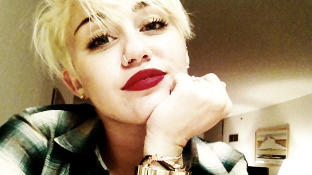 Miley Cyrus w nowym, drapieżnym wydaniu /materiały prasowe