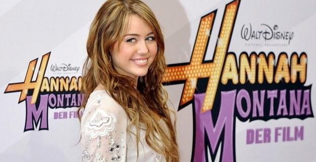 Miley Cyrus wie, że jest idolem dla milionów ludzi na całym świecie /AFP