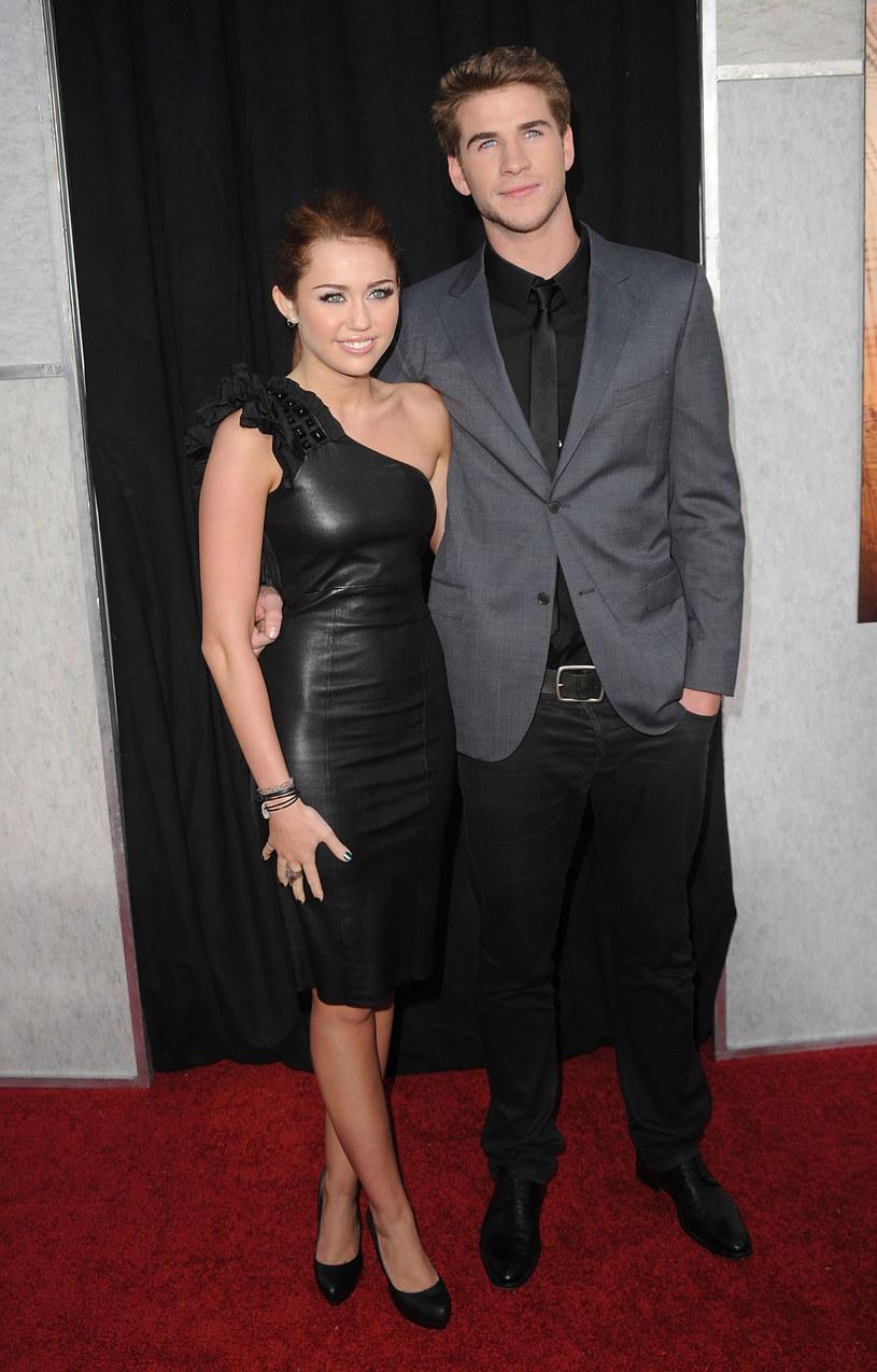 Miley nie ukrywa satysfakcji i dumnie prezentuje Liama  /Getty Images/Flash Press Media