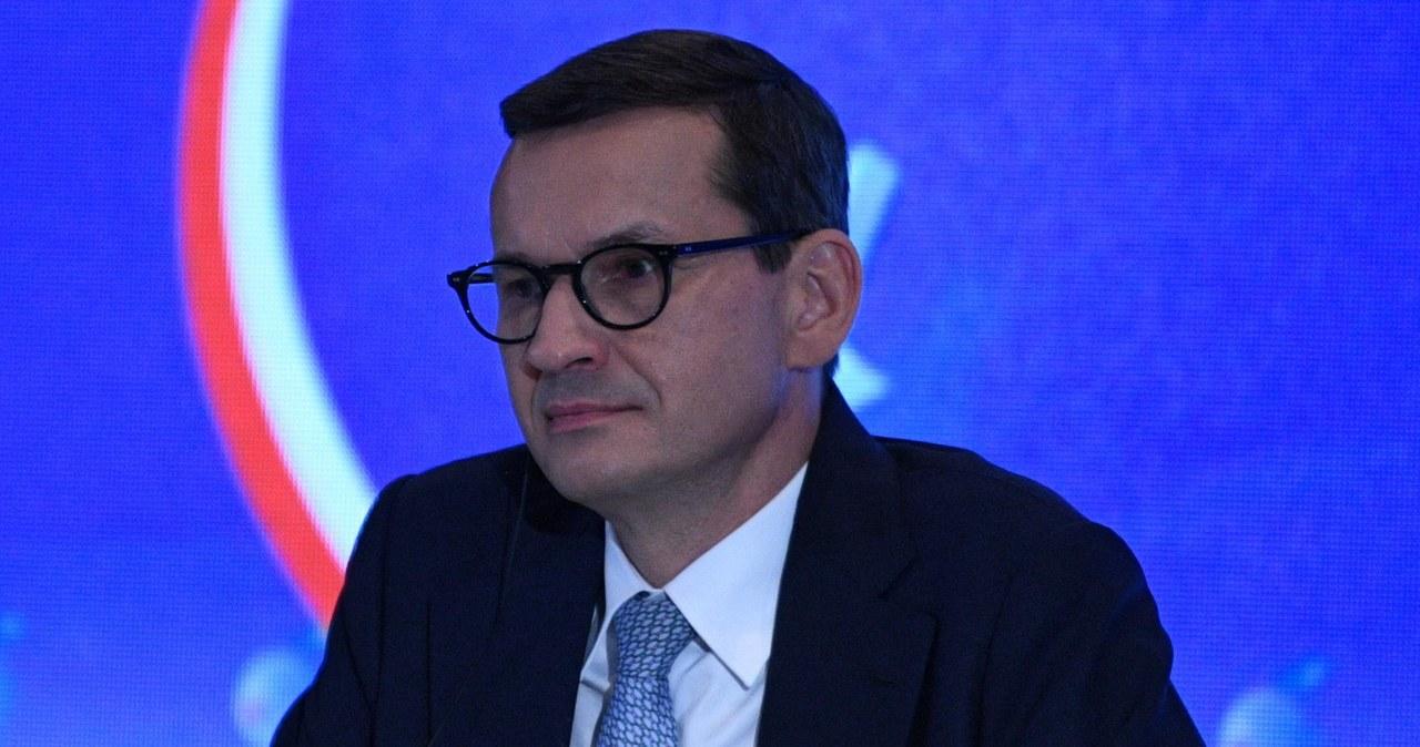 Miliardy dla Polski, ale pod warunkiem poszanowania prawa Unii. Znamy tekst rezolucji PE