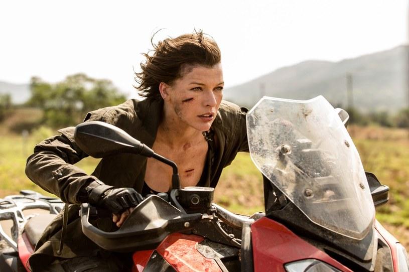 """Milla Jovovich w filmie """"Resident Evil: Ostatni rozdział"""" /materiały prasowe"""