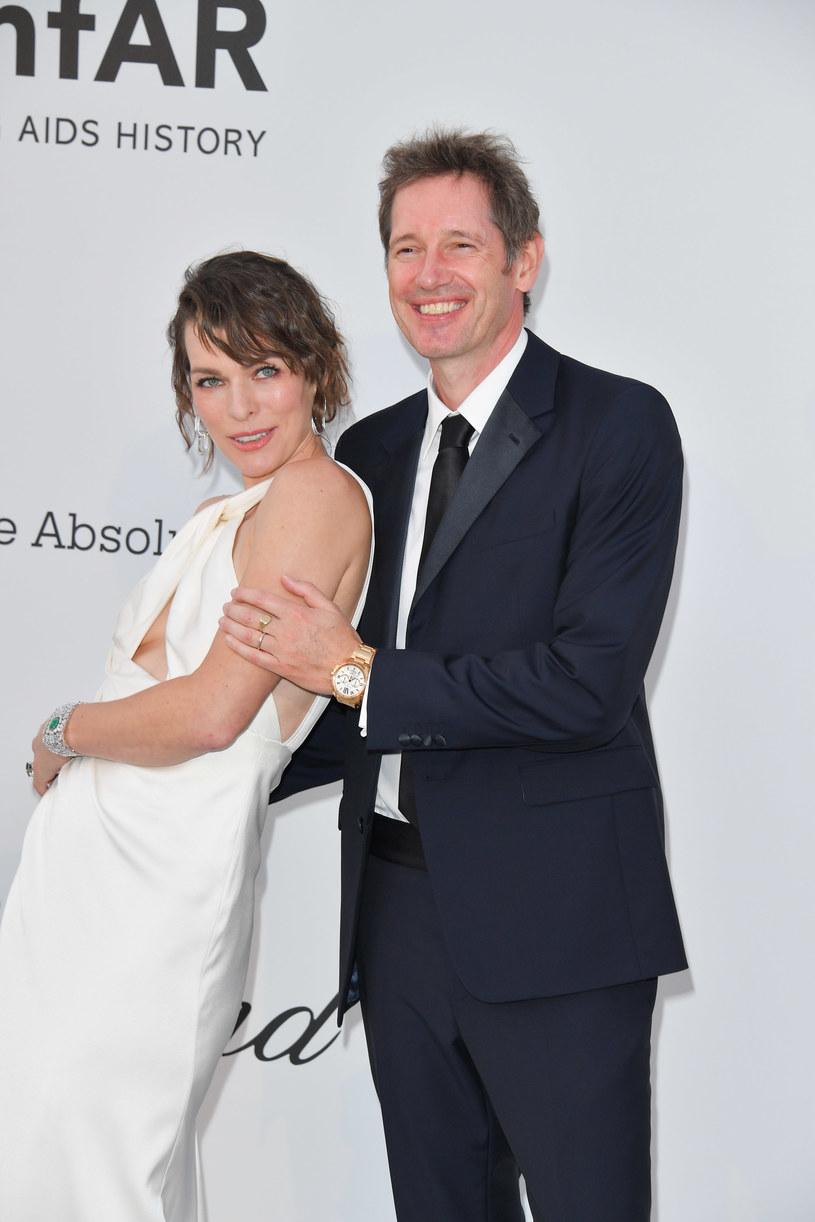 Milla Jovovich z mężem /George Pimentel /Getty Images