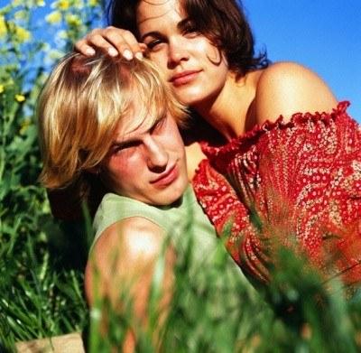 Miłość i samodyscyplina pomagają uniknąć zdrady /INTERIA.PL