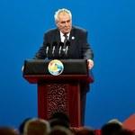 Milosz Zeman: Ludzie irracjonalnie boją się wprowadzenia euro