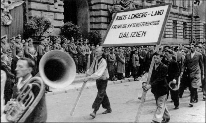"""Mimo cynicznej, instrumentalnej polityki III Rzeszy wobec ukraińskiego ruchu narodowego, liczba ochotników do SS """"Galizien"""" przekroczyła 80 tysięcy /Odkrywca"""