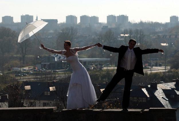 Mimo niskich zarobków spotkano nawet szczęśliwych lublinian... Fot. Jakub Orzechowski /Agencja SE/East News