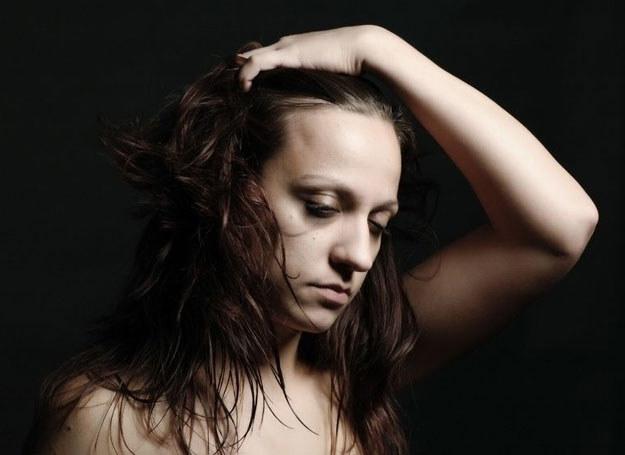 Mimo powszechności depresji poporodowej absolutnie nie należy jej lekceważyć /123RF/PICSEL