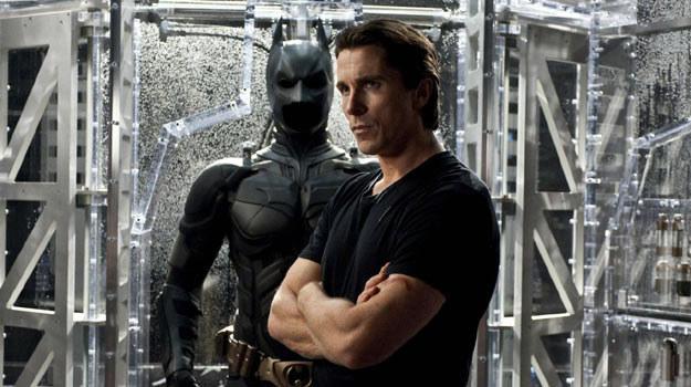 Mimo tragicznej premiery Batman idzie do przodu jak burza /materiały dystrybutora
