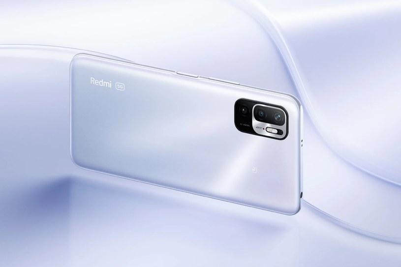 Mimo zmian w specyfikacji, wygląd smartfona pozostanie bez zmian /materiały prasowe