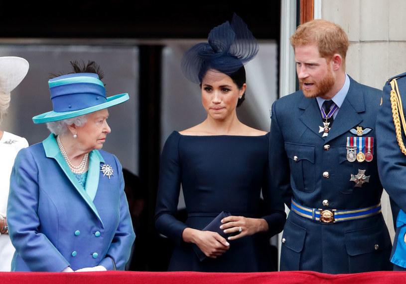 Minęło sporo czasu, odkąd Meghan i Harry rozmawiali z Królową osobiście. Elżbieta II pragnie zobaczyć prawnuki i prosi o to liście /Max Mumby/Indigo /Getty Images