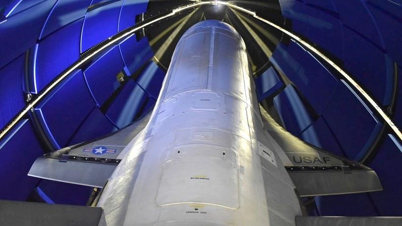 Mini-wahadłowiec X-37B już na orbicie. Pojazd rozpoczyna tajne eksperymenty /Geekweek