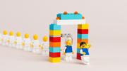 """Minifigurki LEGO mają już 40 lat. """"Zagrały"""" w kilku filmach"""