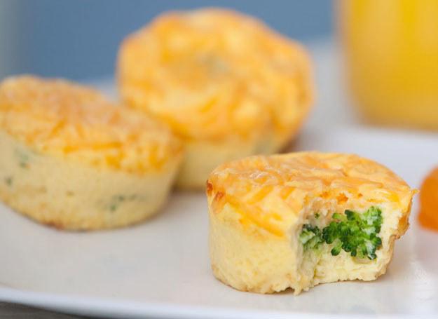 Minifrittaty z brokułami /123RF/PICSEL
