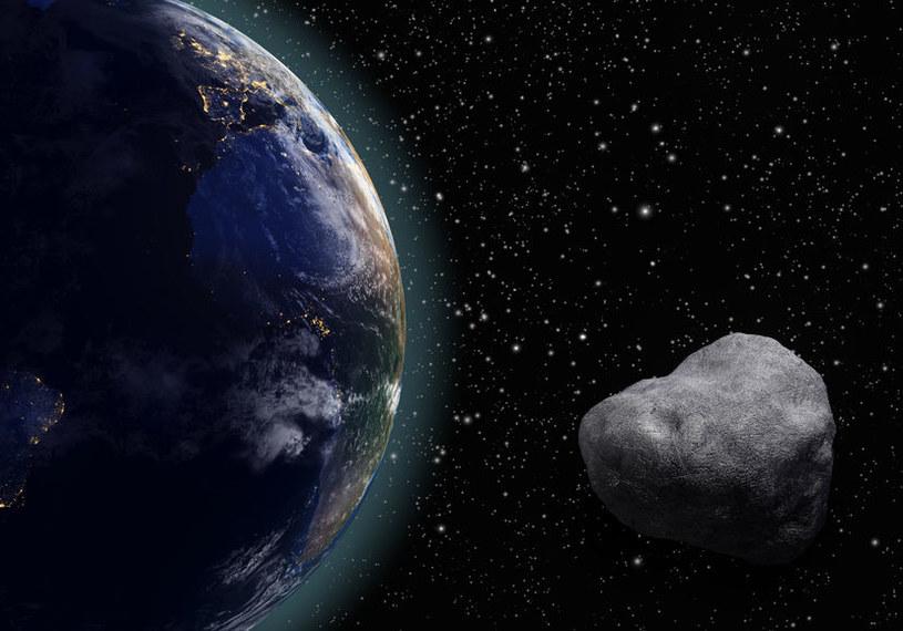 Minimalny dystans pomiędzy tym meteoroidem a Ziemią wyniósł około 88 tysięcy kilometrów /©123RF/PICSEL