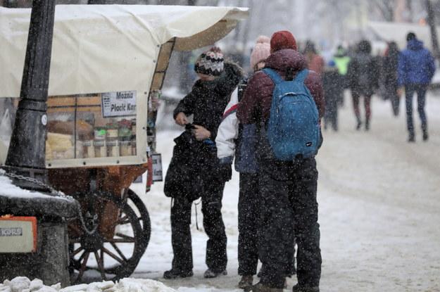 miniony weekend, w związku z poluzowaniem obostrzeń epidemicznych, do Zakopanego przyjechało bardzo wielu turystów / Grzegorz Momot    /PAP