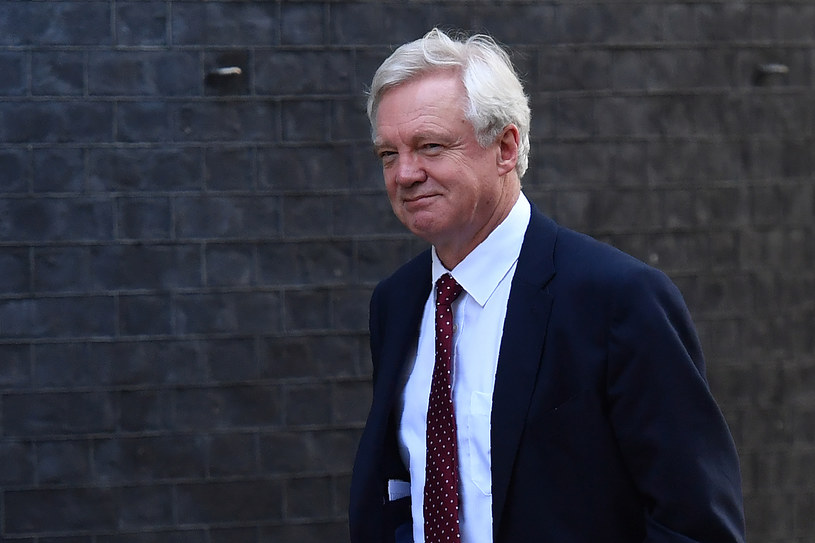 Minister ds. Brexitu David Davis /AFP