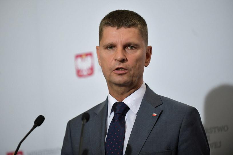 Minister edukacji narodowej Dariusz Piontkowski / Marcin Obara  /PAP